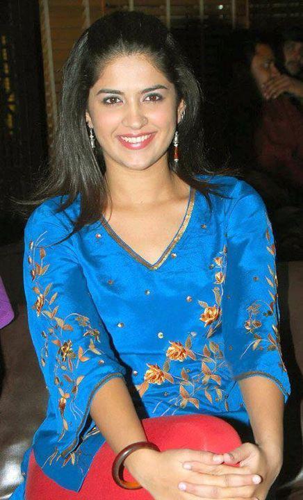Pakistani Girl Beautifull Girls-5614