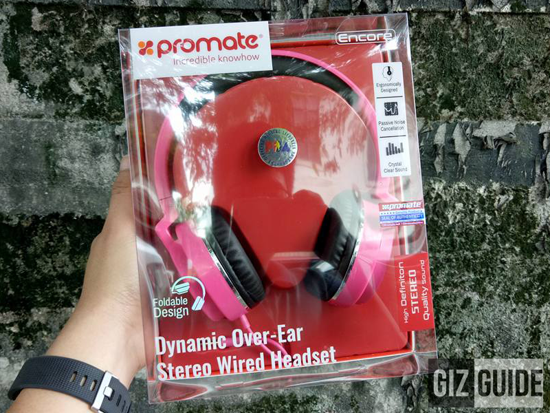 Christmas Raffle 1: Promate Encore Headphones!