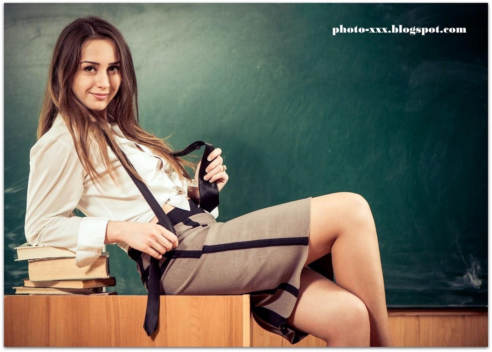 Училки которых бы я трахнул, Порно Учитель -видео. Смотреть порно онлайн! 12 фотография