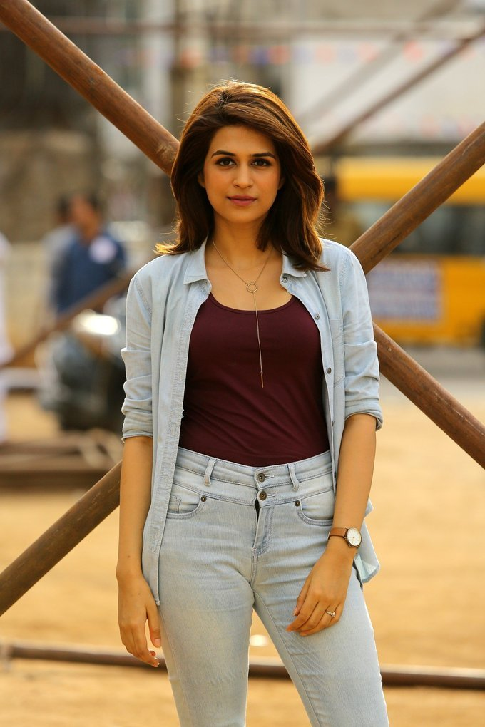 Shraddha das latest Photos In Blue Shirt Jeans