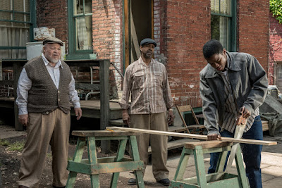 Denzel Washington, Stephen Henderson and Jovan Adepo in Fences (14)