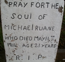 http://www.igp-web.com/IGPArchives/ire/mayo/photos/tombstones/craggagh/target26.html