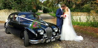 Classic jaguar wedding car for hire in Surrey, Sussex & South London