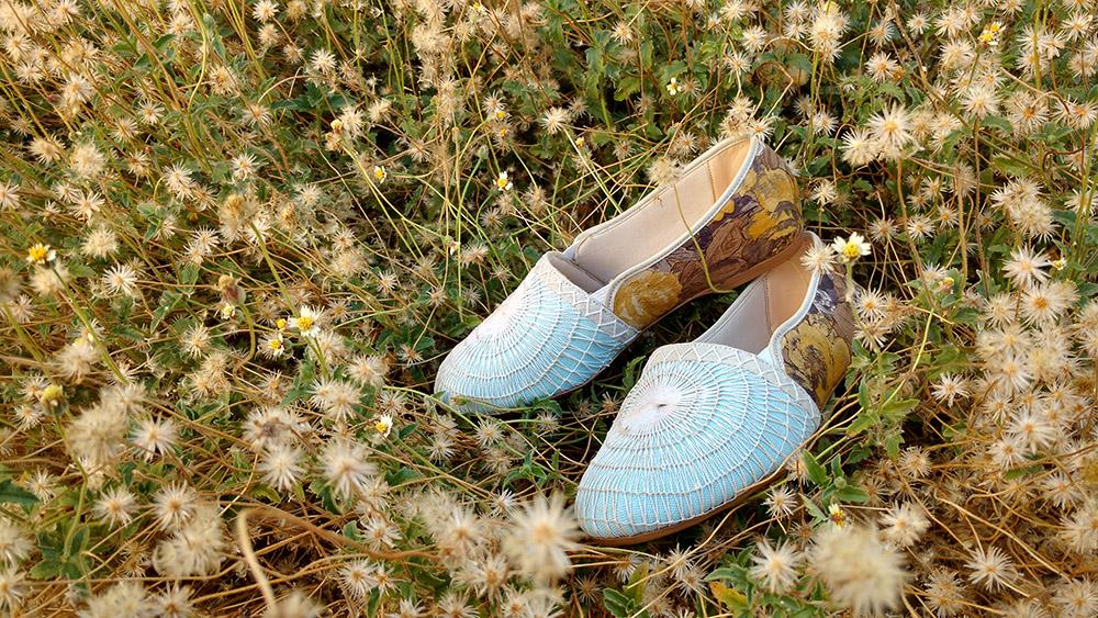 29c3dd5cc2 A primeira coleção feminina de sandálias e sapatilhas possui forte  identidade local e regional. Através de consultorias promovidas pelo SEBRAE  Ceará foi ...