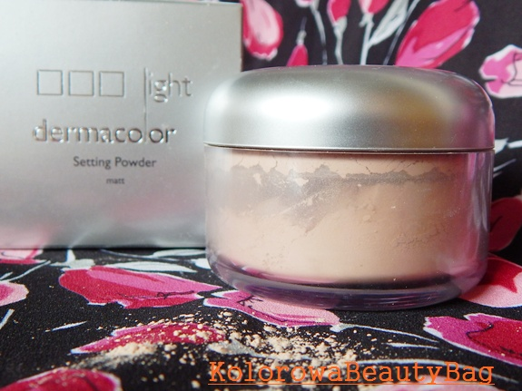 Utrwalajacy-makijaz-puder-kryolan-dermacolorlight