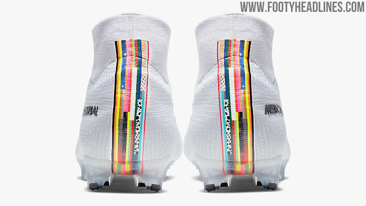 Educación escolar Eliminar Escalera  Nike Mercurial Cristiano Ronaldo 'Lvl Up' 2019 Boots Released - Footy  Headlines