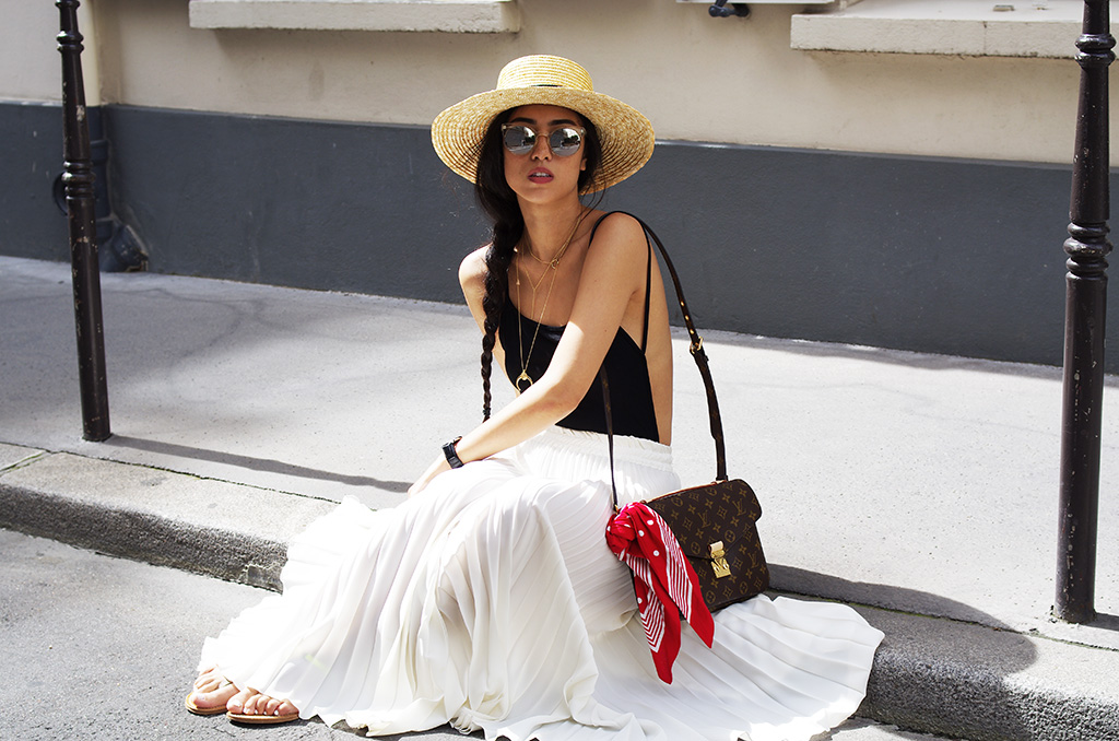 Elizabeth l White pleated skirt l Missguided Louis Vuitton H&M KJacques l THEDEETSONE l http://thedeetsone.blogspot.fr