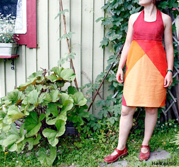Halterneck-mekko vanhasta pussilakanasta