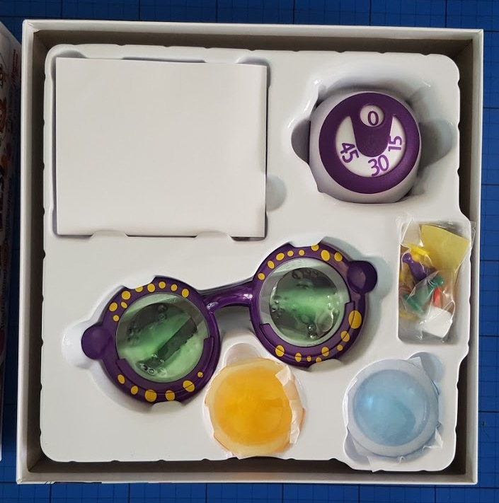 The brick castle googly eyes family game review 7 play is around a pretty compact board which indicates which colour clue and lenses should be used when you attempt the next card each card has 3 different freerunsca Gallery