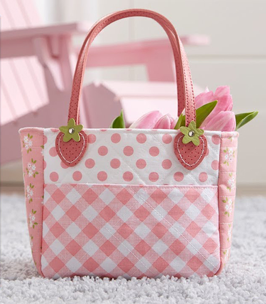 Sweet Strawberry Tote Free Tutorial designed by Jennifer Bosworth of Shabby Fabrics