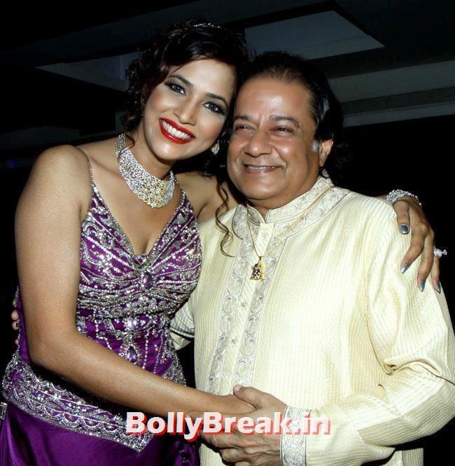 Tanisha Singh and Anup Jalota, Page 3 Girl Tanisha Singh Birthday Bash Pics