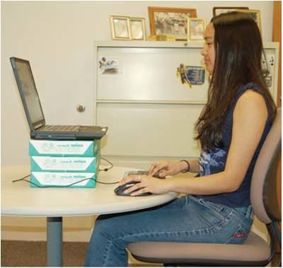 neck pain forward head posture v desk job ergonomics