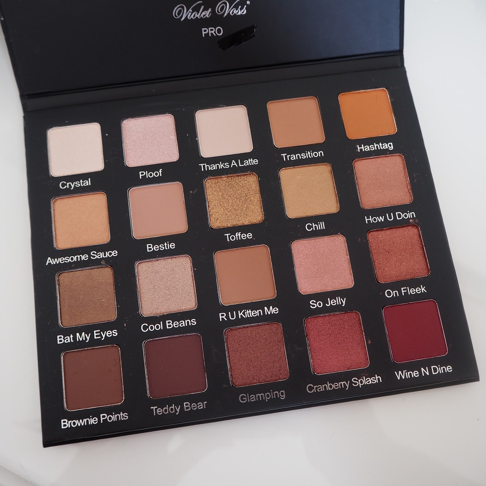 Violet Voss Holy Grail palette review