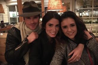 Nikki Reed posta foto com Nina Dobrev e comenta sobre suposta rixa com a estrela de The Vampire Diaries