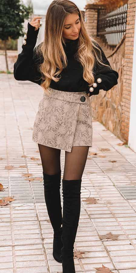 Searching for preppy winter style to end this winter season? Find out these classy winter outfit ideas to look fantastic. Winter Fashion via higiggle.com #fashion #style #outfitideas #winteroutfits