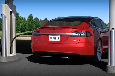 Tesla tindrà 100 punts de recàrrega ràpida a l'Estat espanyol al 2017