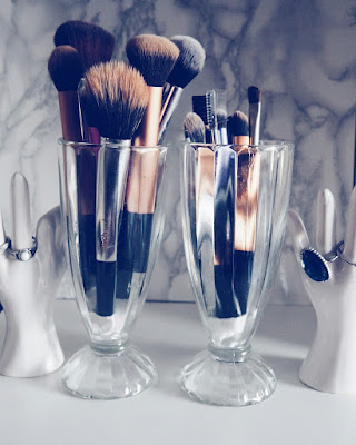 Diner Style Brush Holders