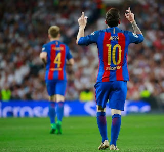 Messi's late strike wins El Clasico battle