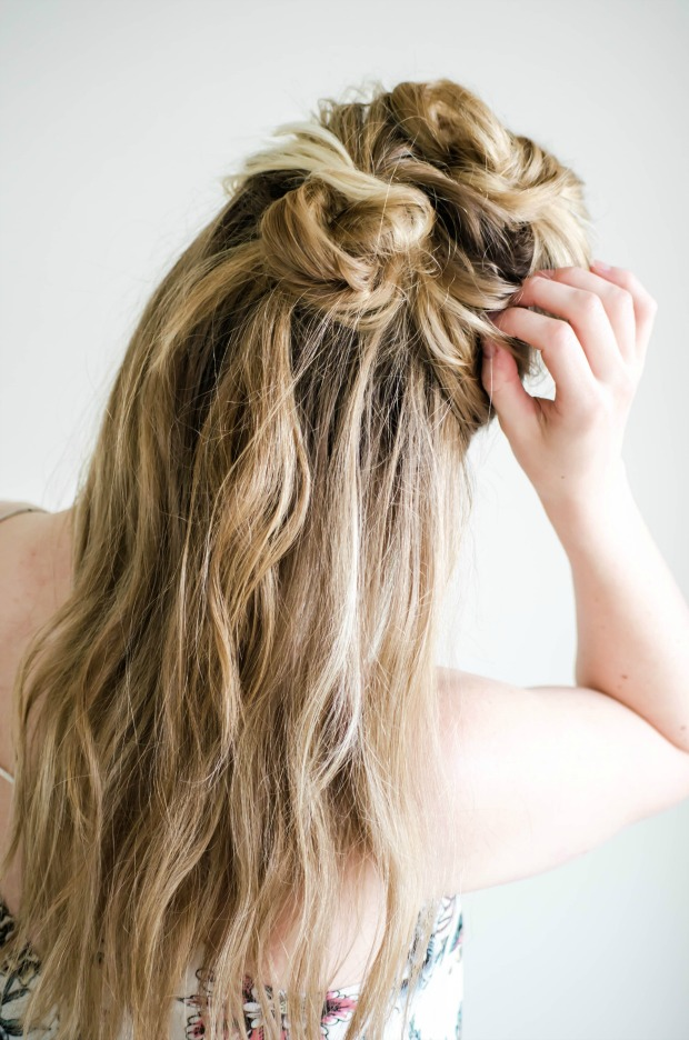 bohemian-knotted-twist-hair-tutorial