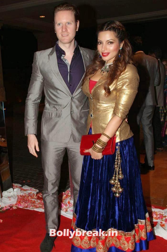 Alexx O'Nell, Shama Sikander, Siddharth Kannan & Neha Agarwal Wedding Reception Pics