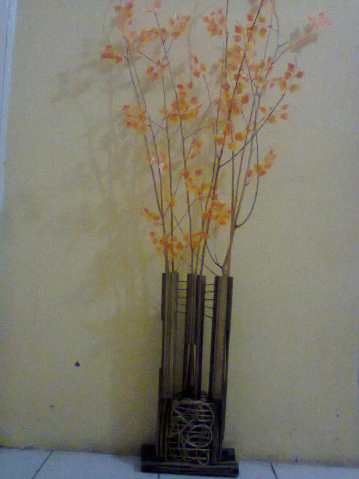 Kerajinan Rotan,Kayu dan Bambu