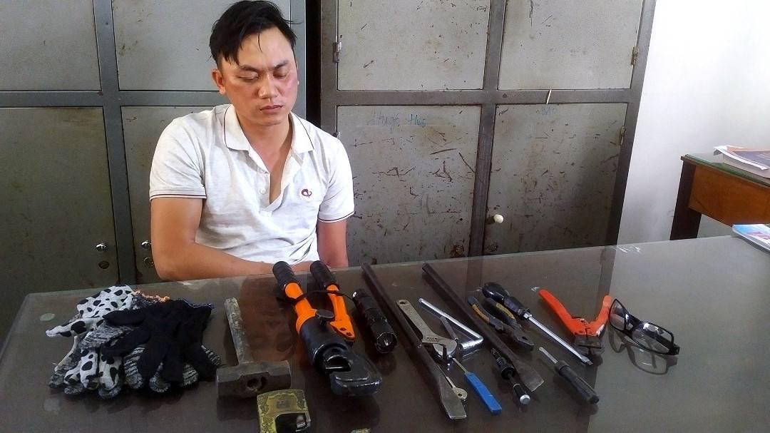 Gia Lai: Bắt 1 siêu trộm có thể cắt được mọi loại khóa