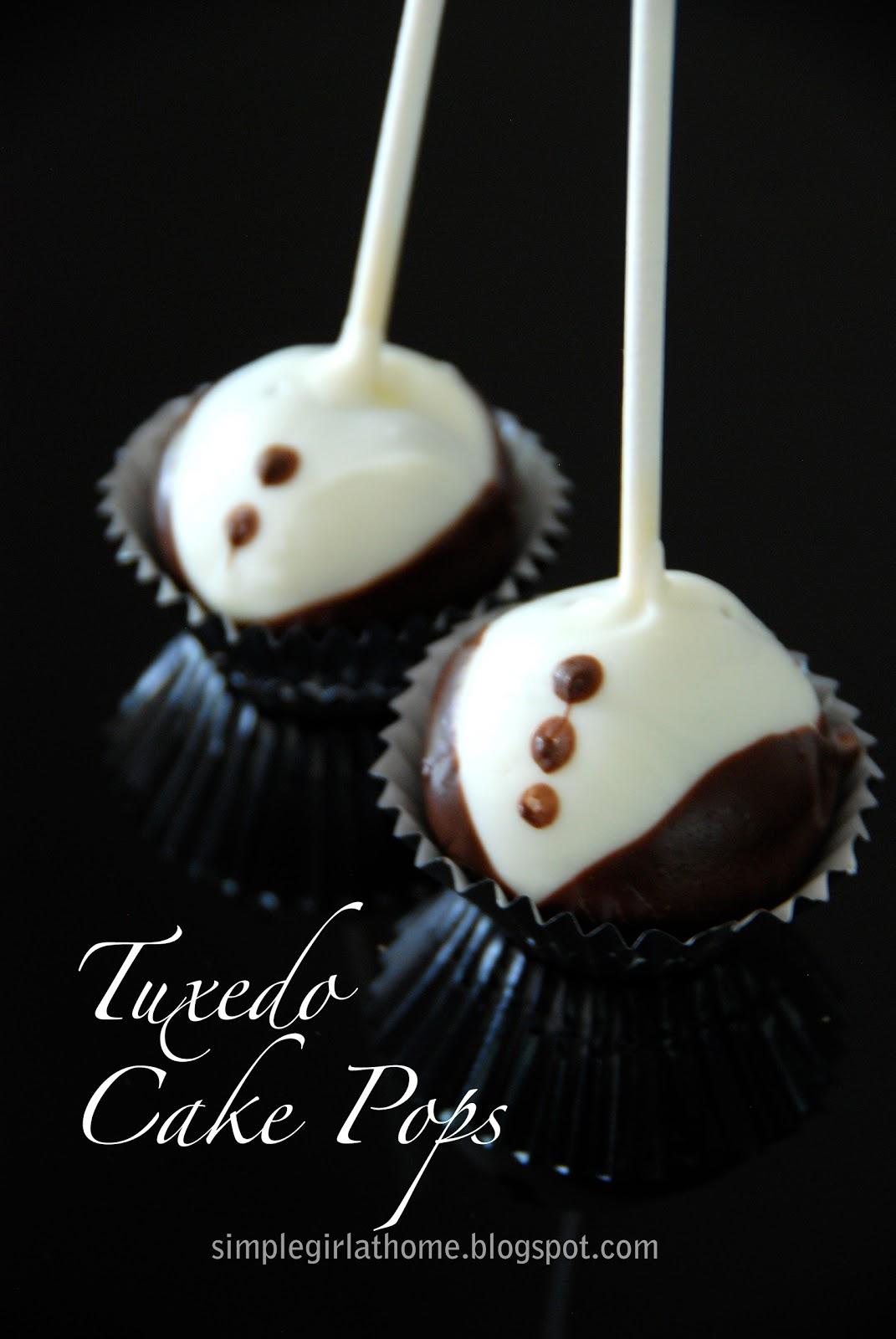 Tuxedo Cake Pops Recipe