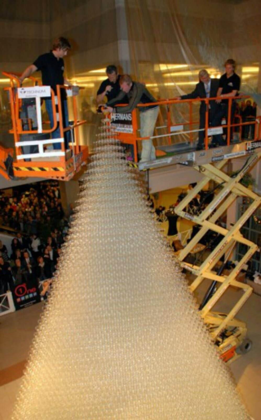 En Uzun İçki Bardağı Kulesi