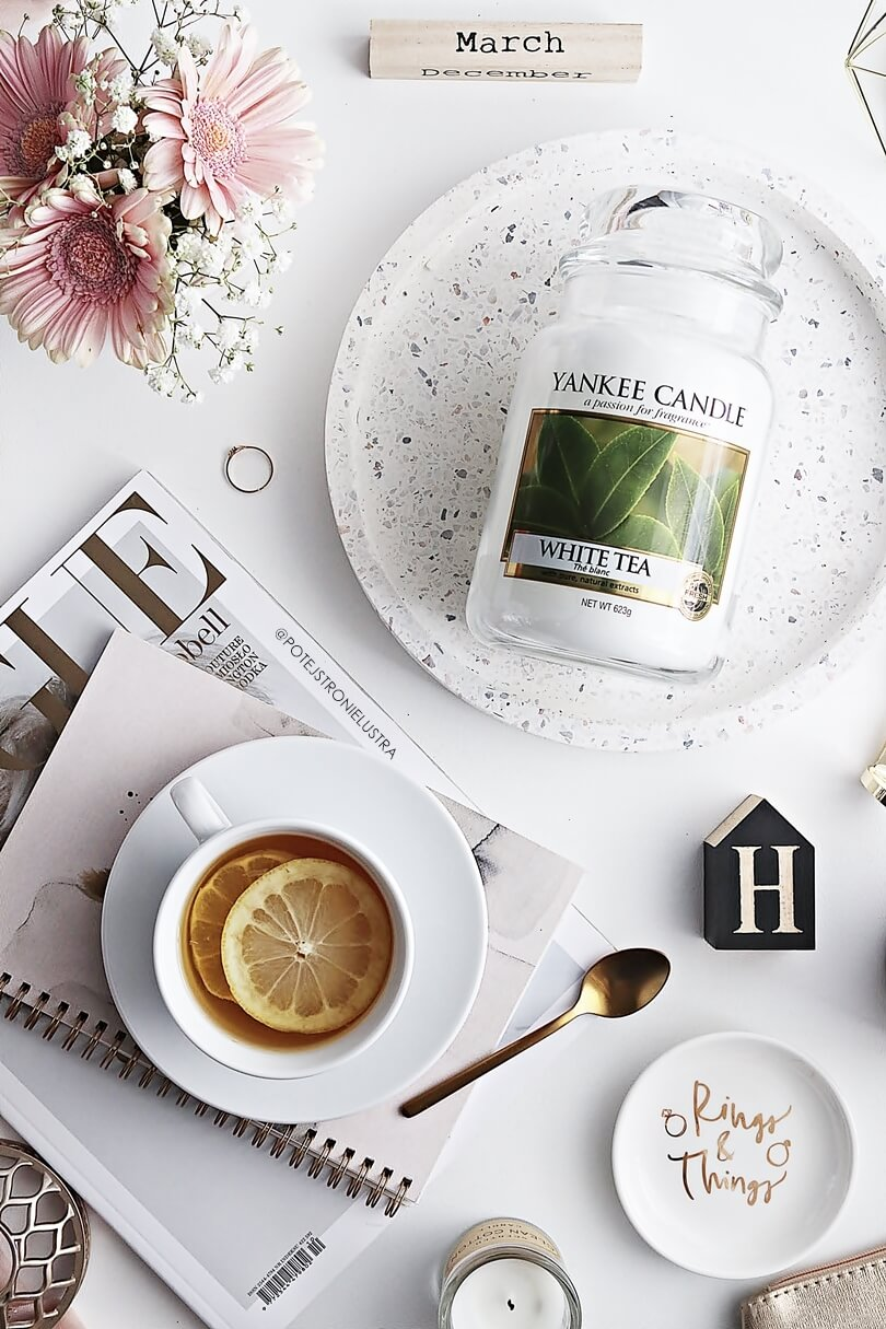 świeca yankee candle white tea