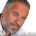 Ο Μάνος Σπανόπουλος κάνει εγγραφή των σειρών σε σκληρό δίσκο (video)