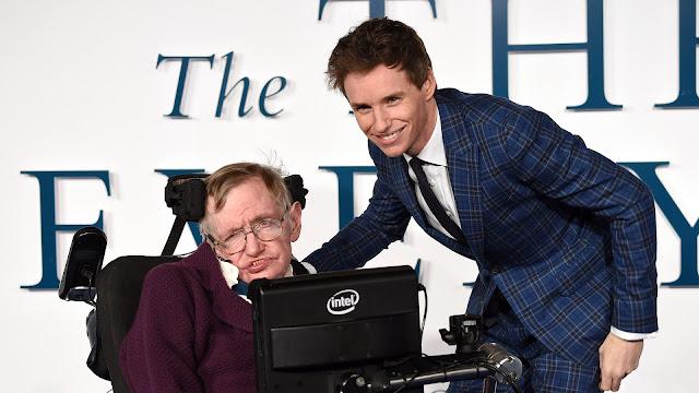Eddie Redmayne lamenta morte de Stephen Hawking: 'Mente verdadeiramente linda' | Ordem da Fênix Brasileira
