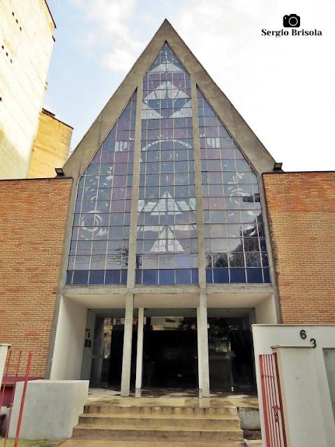 Vista da fachada da Paróquia da Santíssima Trindade - Campos Elíseos - São Paulo