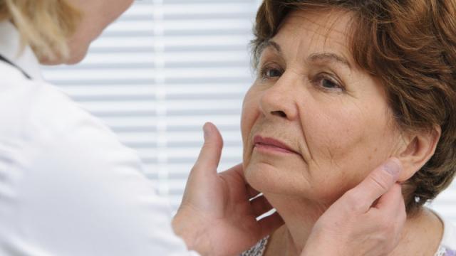 Obat Hipertiroid Herbal - Tuntaskan Hipertiroid Dengan Mudah