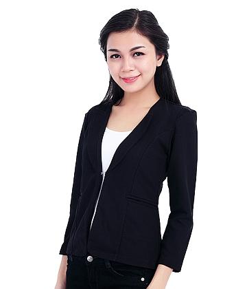 cách phối đồ nữ với áo khoác cổ giả vest