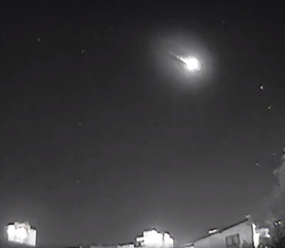 Huge meteor in Torres in Rio Grande do Sul, Brazil 27 september 2016