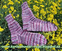 http://kunterbunter-vogel.blogspot.de/2015/09/himbeer-socken.html