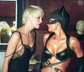 Halle Berry Lesbian Kiss 76