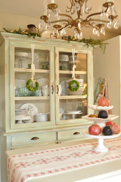 Jennifer Rizzo's Chrismtas kitchen
