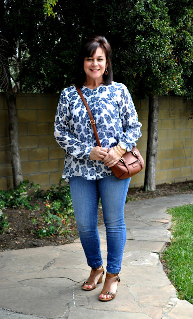 skinny jeans and a loose flowing top