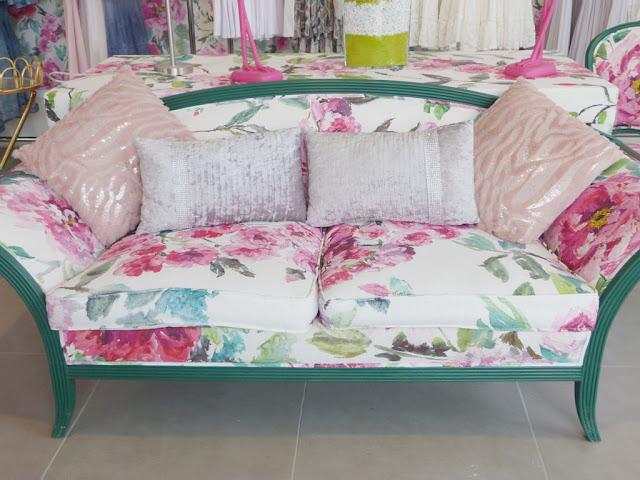 sofa-renovado-pintura-acrilica