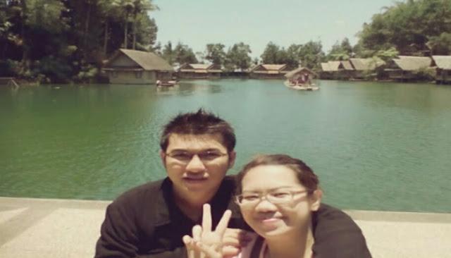 Danau Kampung Sampireun