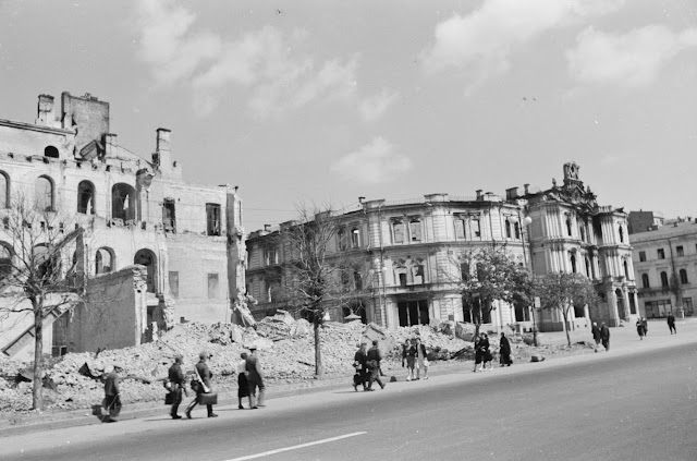 Киев 1942 г. Фото Fortepan