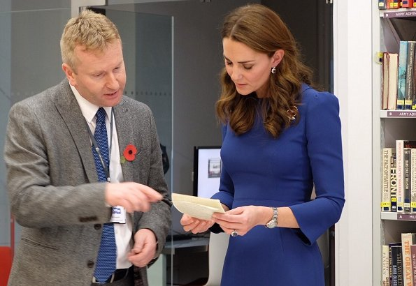 Kate Middleton wore Jenny Packham blue dress worn during the first day of the royal Canada, Gianvito Rossi pumps