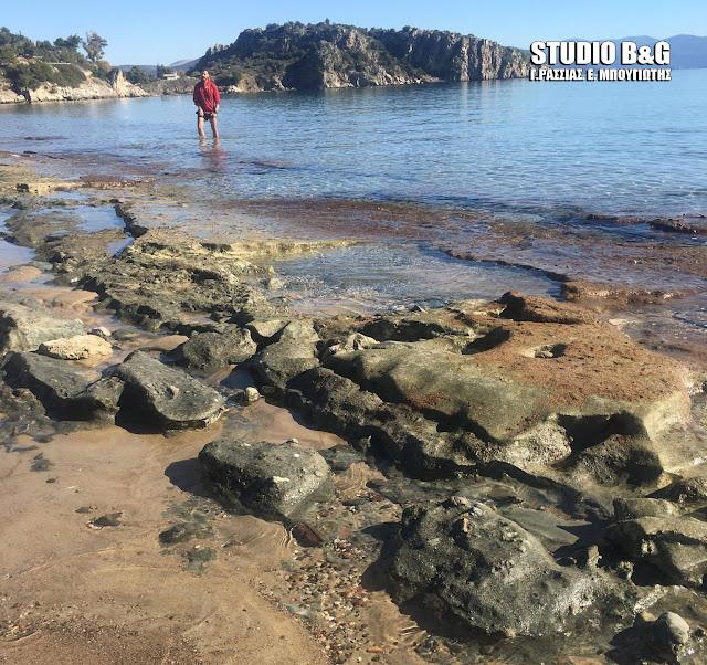Οι ισχυροί νοτιάδες άλλαξαν την φυσιογνωμία της πανέμορφης παραλίας Ψιλή Άμμο στο Τολό