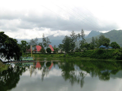 Tempat Wisata Danau dan Telaga yang Penuh Pesona di Malang - waduk selorejo