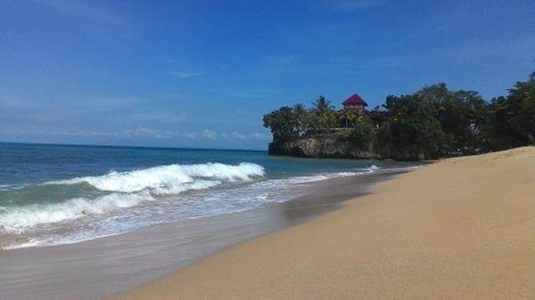 Patra Comfort Anyer Beach