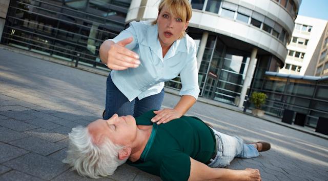 Pertolongan yang Harus dilakukan Jika Ada Serangan Stroke