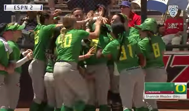 The Oregon Softball Team Is Changing The Homerun Celebration One Butt Squeeze At A Time