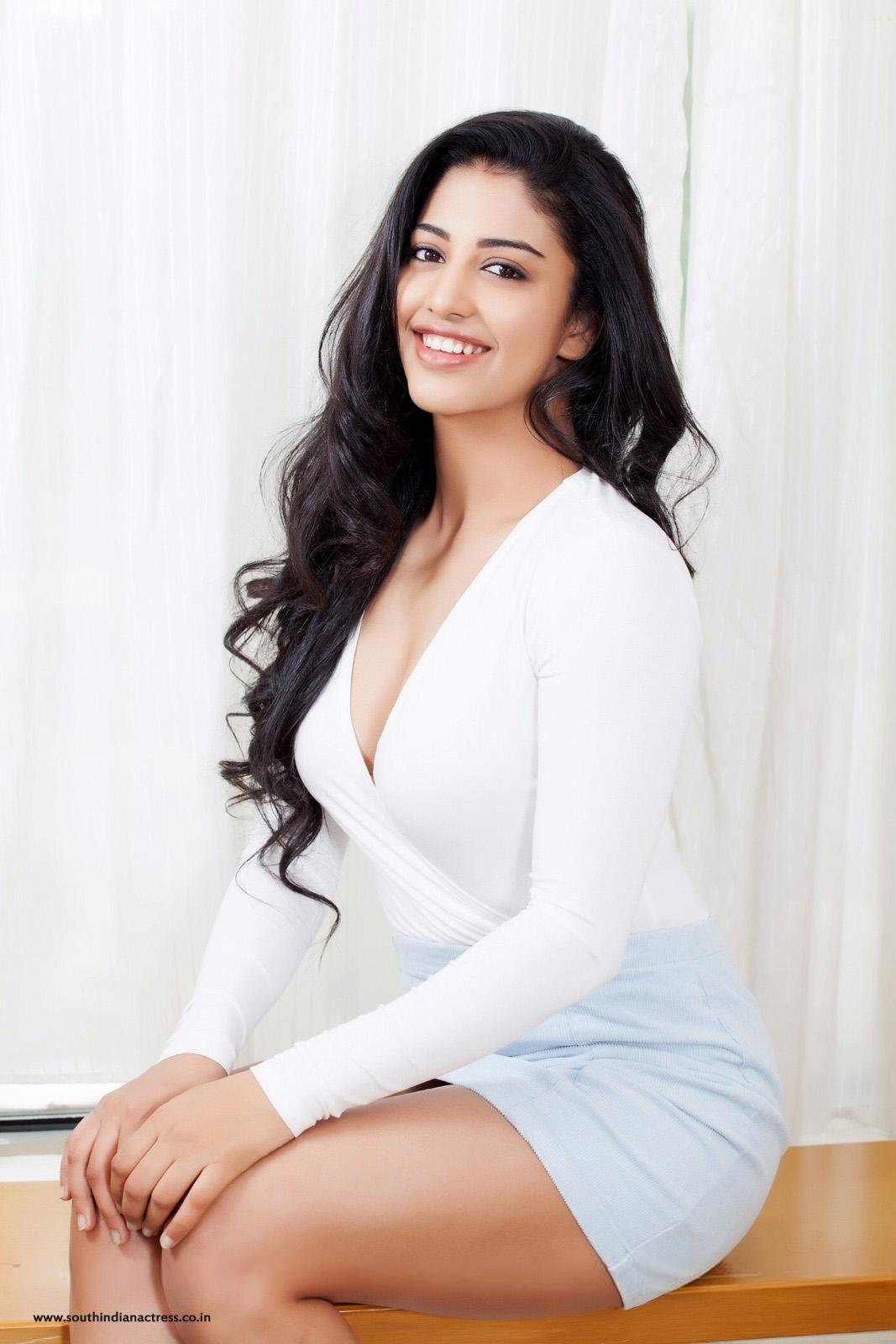 DEBATE sobre belleza, guapura y hermosura (fotos de chicas latinas, mestizas, y de todo) - VOL II - Página 7 Daksha-nagarkar-in-white-dress22