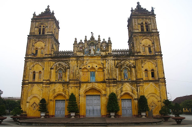 Top 8 churches in Nam Dinh attract tourists 1